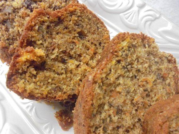 Κέικ καρότου χωρίς μίξερ
