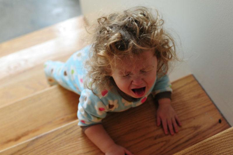 ΠΡΟΣΟΧΗ ΓΟΝΕΙΣ: Βρίσκεται σε όλα τα σπίτια και δηλητηριάζει 60.000 παιδιά κάθε χρόνο!
