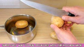 Το κόλπο που θα σας σώσει! Ξεφλουδίστε τις πατάτες σας με τον πιο εύκολο και γρήγορο τρόπο!