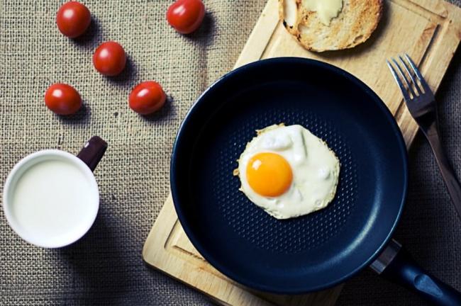 5 καθημερινές συνήθειες που μας κάνουν να παίρνουμε βάρος!