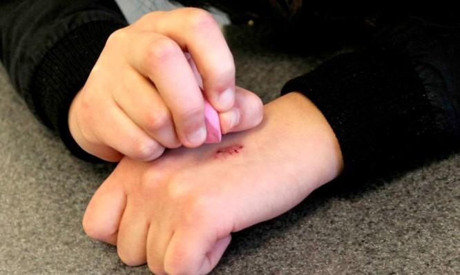 Γονείς προσοχή! Νέα πρόκληση στο διαδίκτυο βάζει τα παιδιά σε κίνδυνο