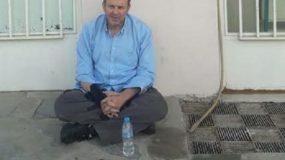 Σε απεργία πείνας ο Απόστολος Γκλέτσος: «Θα συνεχίσω μέχρι να με πάρουν σηκωτό!»