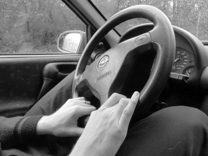 Ο τρόπος που κρατάς το τιμόνι δείχνει την προσωπικότητα σου