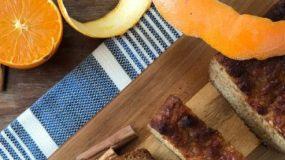 Συνταγή για κέικ καρότο με σιρόπι από πορτοκάλι,χωρίς ζάχαρη!