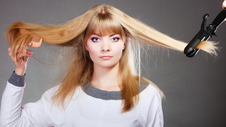 Λάθη που κάνουμε με τα μαλλιά μας και μας κάνουν να φαινόμαστε μεγαλύτερες
