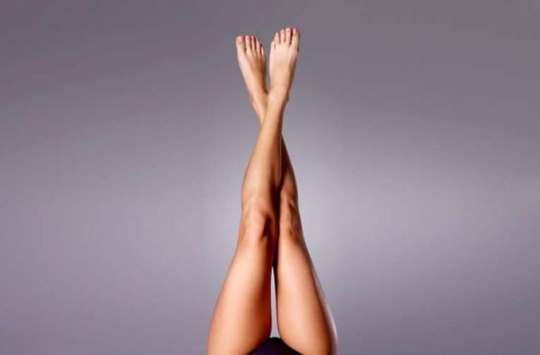 Απαλλάξου από σημάδια και μαύρα στίγματα στα πόδια με 3 φυσικούς τρόπους!