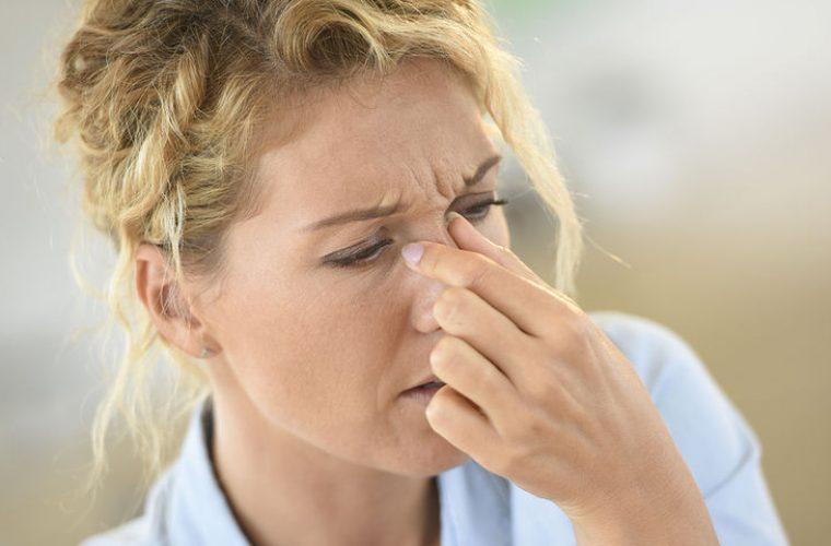 Αγγειοκινητική ρινίτιδα: Πώς θα αντιμετωπίσετε το «μπούκωμα» λόγω air condition