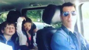 Ο Σάκης τραγουδάει με τα παιδιά του και «ρίχνει» το instagram (vid)