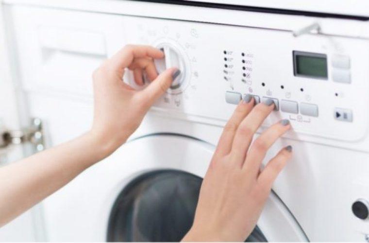 Τα πέντε λάθη που καταστρέφουν το πλυντήριο ρούχων σας!
