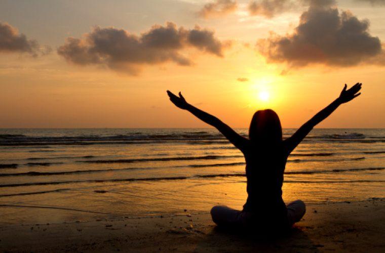 Πως να νιώθεις άνετα με τον εαυτό σου & να μην σε νοιάζει τι λένε οι άλλοι!