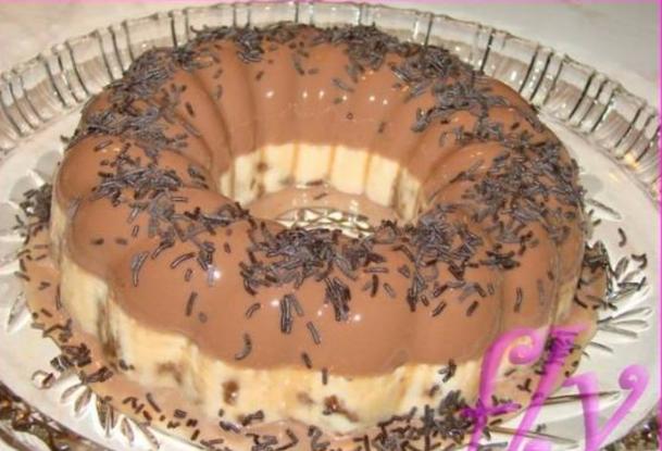 Πανακότα σοκολάτας με μπισκότα Ενα εύκολο δροσερό γλυκάκι με γεμάτη γεύση που τρώγεται όλο το καλοκαίρι