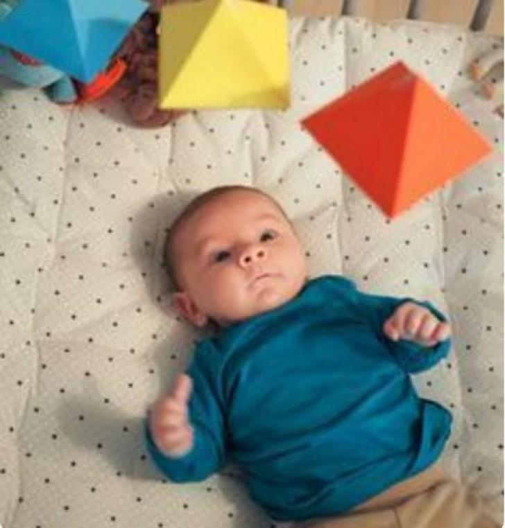 ΓΟΝΕΙΣ ΠΡΟΣΟΧΗ: Ξεκινήστε να Παρατηρείτε τα Κακάκια του Μωρού όταν Αλλάζετε Πάνα! Ο Σημαντικός Λόγος Είναι…