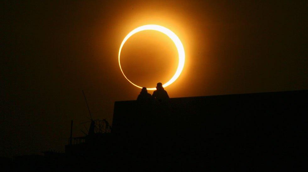 Μοναδικό φαινόμενο: Και Πανσέληνος και Έκλειψη Σελήνης τη Δευτέρα