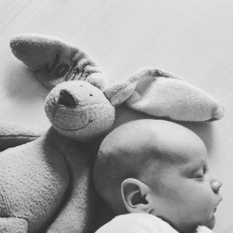 Το συγκλονιστικό post ενός μπαμπά για την ερπητική εγκεφαλίτιδα που έπληξε το νεογέννητο γιο του