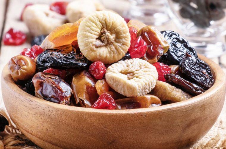 Ποια είναι τα αποξηραμένα φρούτα που πρέπει να αποφεύγεις-Είναι θερμιδικές βόμβες!