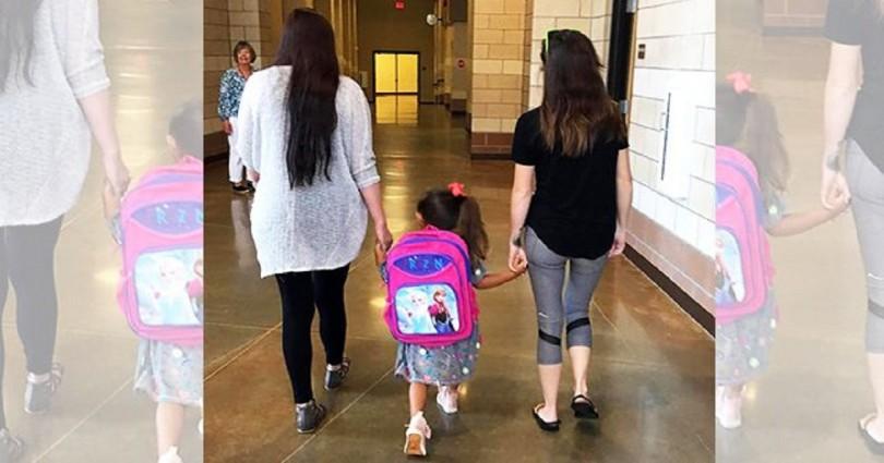 Μητέρα πάει την κόρη της στο σχολείο μαζί με τη νέα γυναίκα του πρώην άντρα της και στέλνει ένα δυνατό μήνυμα στους χωρισμένους γονείς