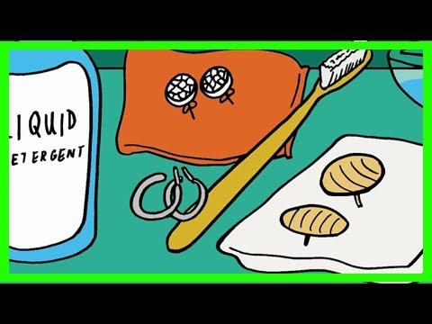 Πως να καθαρίσετε τα σκουλαρίκια σας εύκολα στο σπίτι;