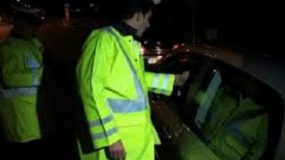 Χάνει για πάντα το δίπλωμα όποιος συλληφθεί να οδηγεί μεθυσμένος για δεύτερη φορά