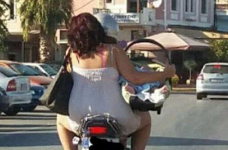 Φωτογραφία με νεογέννητο σε μηχανάκι προκαλεί σοκ!