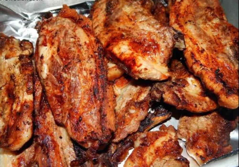Χοιρινές γλυκόξινες μπριζόλες στο φούρνο ή στα κάρβουνα