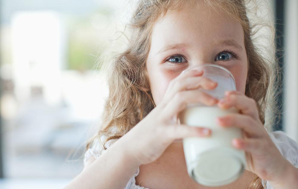 9 τρόποι για να πιεί το παιδί σας γάλα