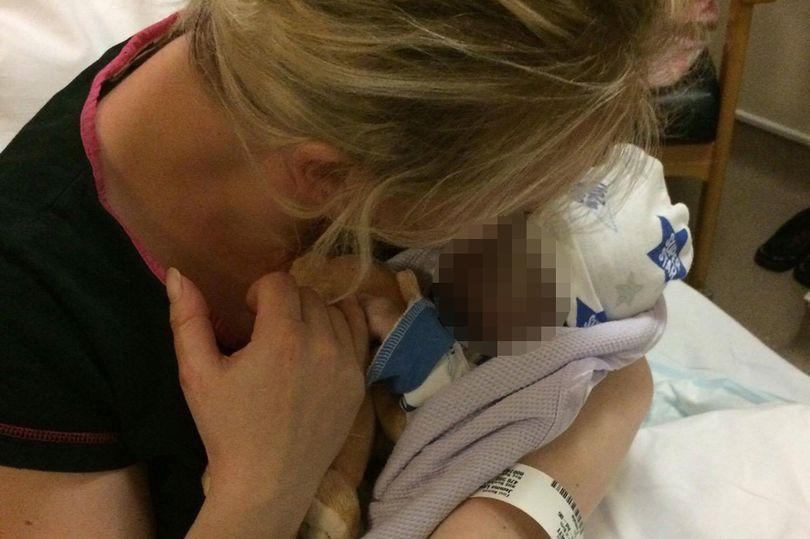 '' Ρωτήστε για το μικρό άγγελο μου'' η παράκληση αυτή της μαμάς που ραγίζει καρδιές....