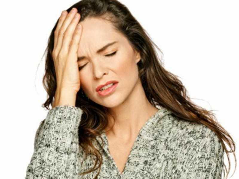 12 συμπτώματα της ημικρανίας που δεν πρέπει ποτέ να αγνοήσετε!