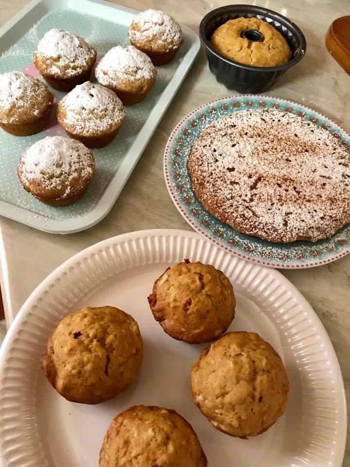 Muffins και κέικ μήλου με ελαιόλαδο και μέλι!