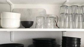 Ποιος είναι ο σωστός τρόπος να βάζεις τα ποτήρια στο ντουλάπι; Προς τα πάνω ή προς τα κάτω;