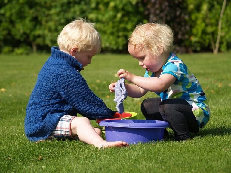 Αφήστε τα παιδιά να παίξουν! Δείτε τα οφέλη του παιχνιδιού στα παιδιά