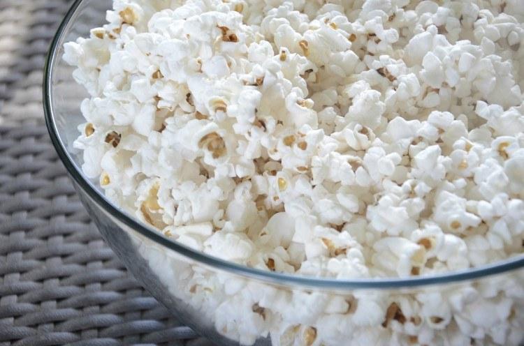 Με ποια τρόφιμα μπορεί να πνιγεί πιο εύκολα το παιδί; 9 τρόφιμα στα οποία πρέπει να δώσετε προσοχή