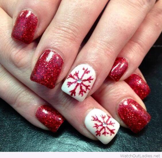 14 υπέροχα χειμωνιάτικα σχέδια νυχιών που αξίζει να δοκιμάσεις!