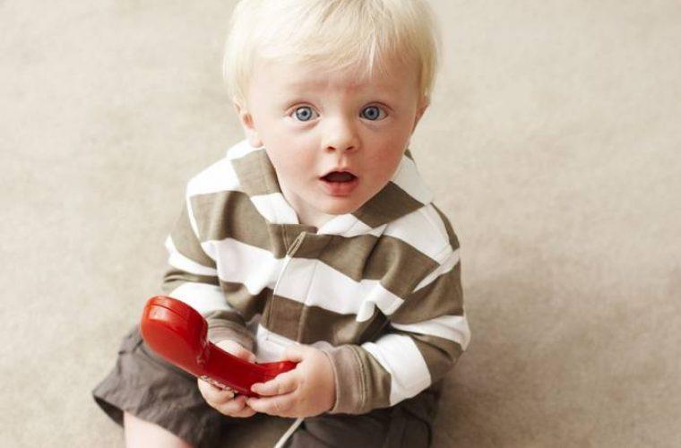 Ποιο φρούτο είναι το καλύτερο «φάρμακο» για τις παιδικές ιώσεις