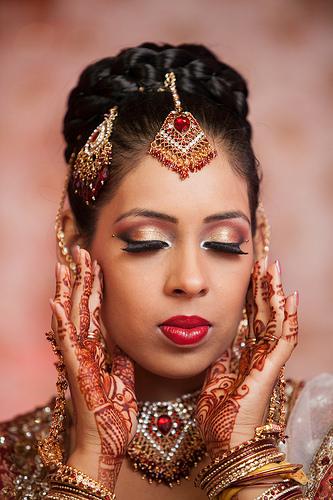 11 πολύ περίεργα έθιμα γάμων από διάφορα μέρη του κόσμου
