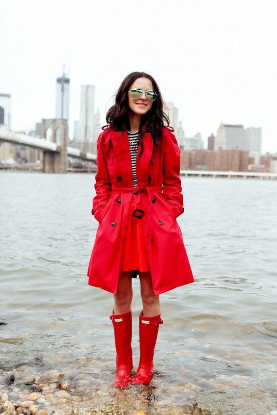 Ιδέες για το πως να φορέσετε το πολύχρωμο παλτό σας τις κρύες μέρες