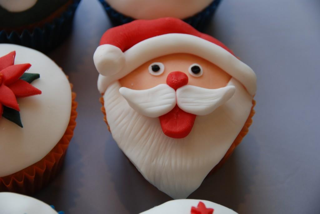 6 πρωτότυπα γλυκά που πρέπει να φτιάξετε φέτος τα Χριστούγεννα!