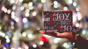 Tα δώρα που πρέπει να αποφύγετε να χαρίσετε στις γιορτές -Σύμφωνα με μελέτη
