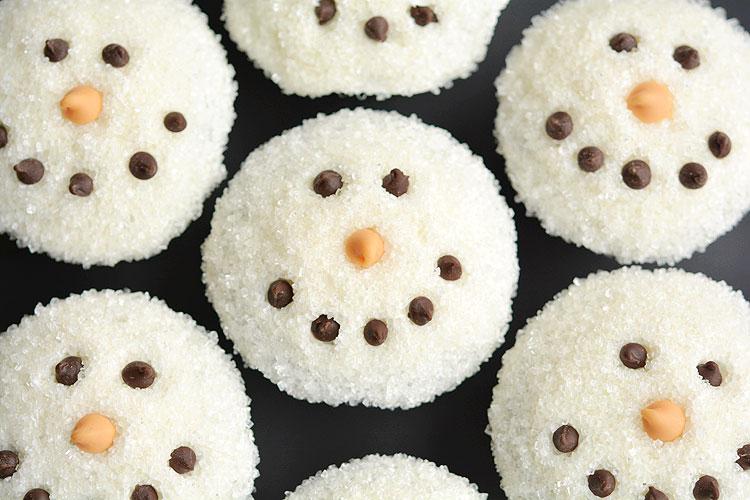 Τα καλύτερα και πιο γευστικά cupcakes για τις γιορτές των Χριστουγέννων!