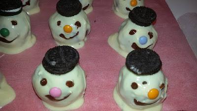 Χιονανθρωπάκια για τα παιδάκια !!!