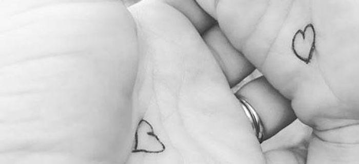 Κουμπί της αγκαλιάς: Το κόλπο μιας μαμάς για να μη νιώθει μόνο του το παιδί της