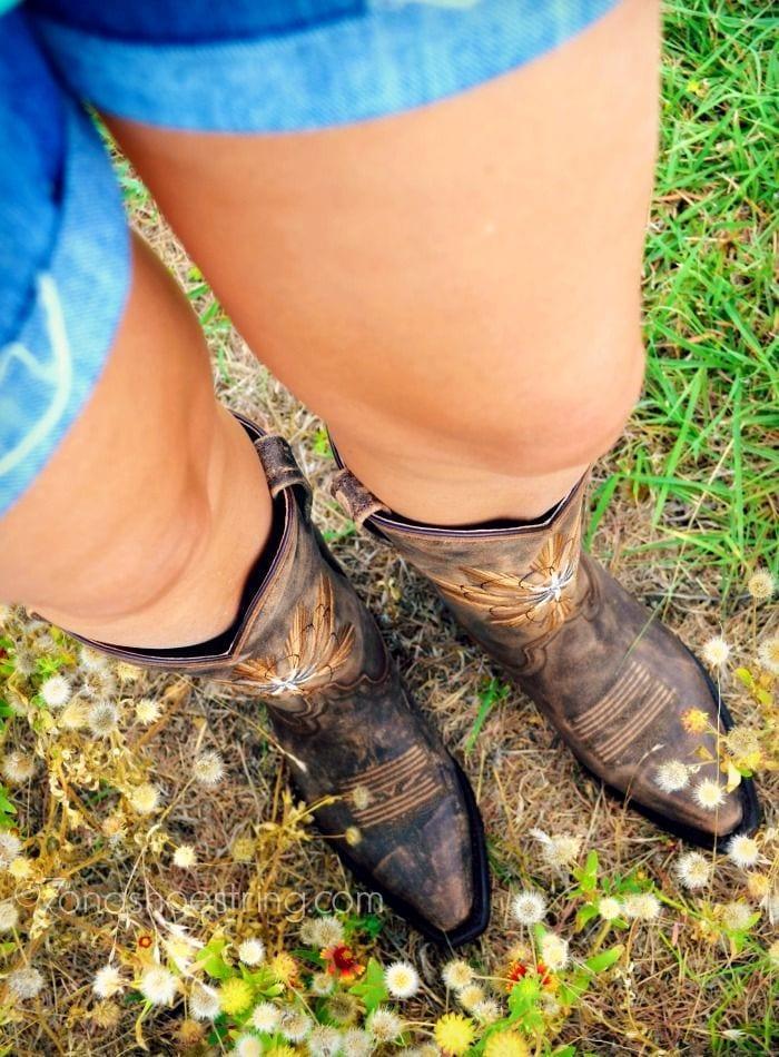 Τα λάθη που κάνετε όταν φοράτε μπότες!