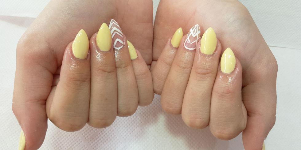 14 χαριτωμένα σχέδια για στιλέτο νύχια που αξίζει να δοκιμάσετε!