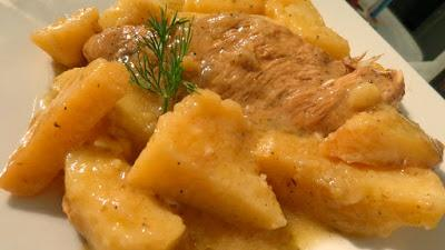 Γαλοπούλα φιλέτο με πατάτες !!