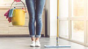 Αυτά είναι τα καθαριστικά για το σπίτι που δεν πρέπει ποτέ να αναμιγνύεις
