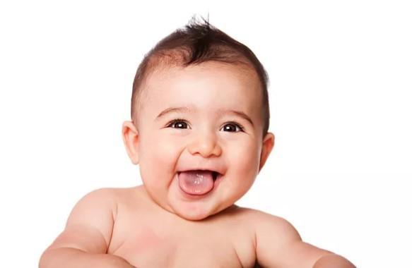 Πώς το μέγεθος του κεφαλιού του μωρού συνδέεται με την νοημοσύνη του, σύμφωνα με μια έρευνα;