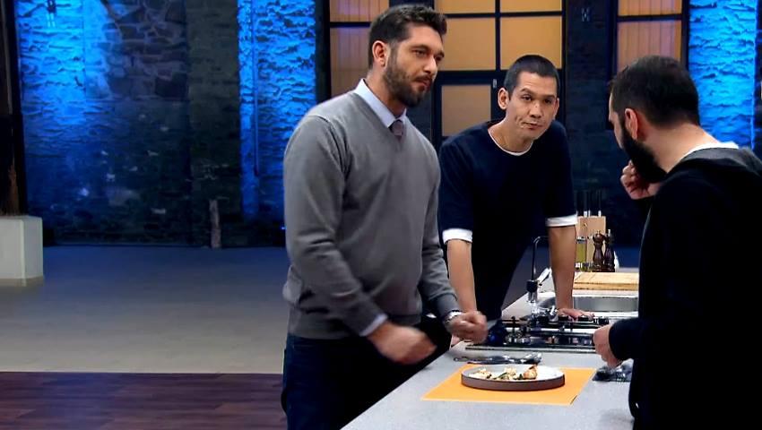 Γκουρμεδιές τέλος: Ο παίκτης που ανάγκασε τους κριτές να του ζητήσουν και δεύτερο πιάτο έκανε το πιο απλό φαγητό στην ιστορία του MasterChef (Vid)