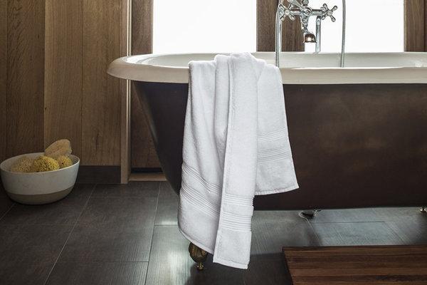 Δες τι σοβαρό πρόβλημα μπορεί να προκαλέσει στην υγεία σου η πετσέτα μπάνιου!