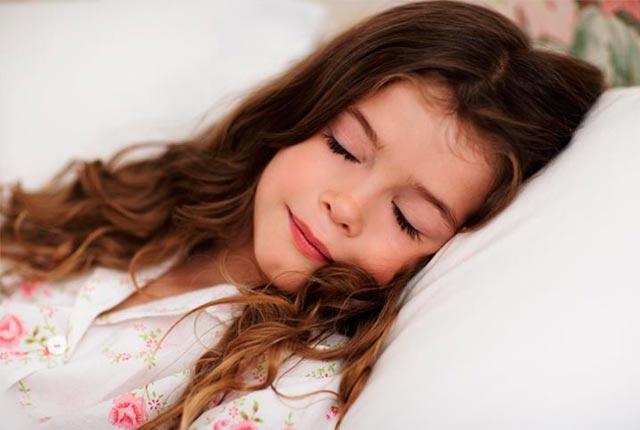 Τροφές για να κοιμούνται καλύτερα τα παιδιά!