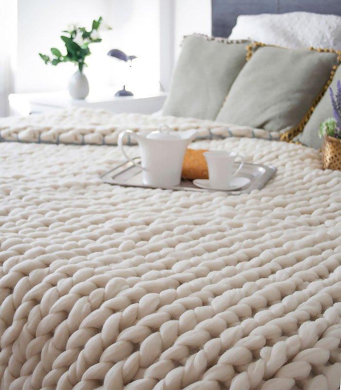 DIY: Φτιάξτε Εύκολα Αυτή Την Άνετη Και Ζεστή Κουβέρτα Σε Μόλις 4 Ώρες! -ΒΙΝΤΕΟ