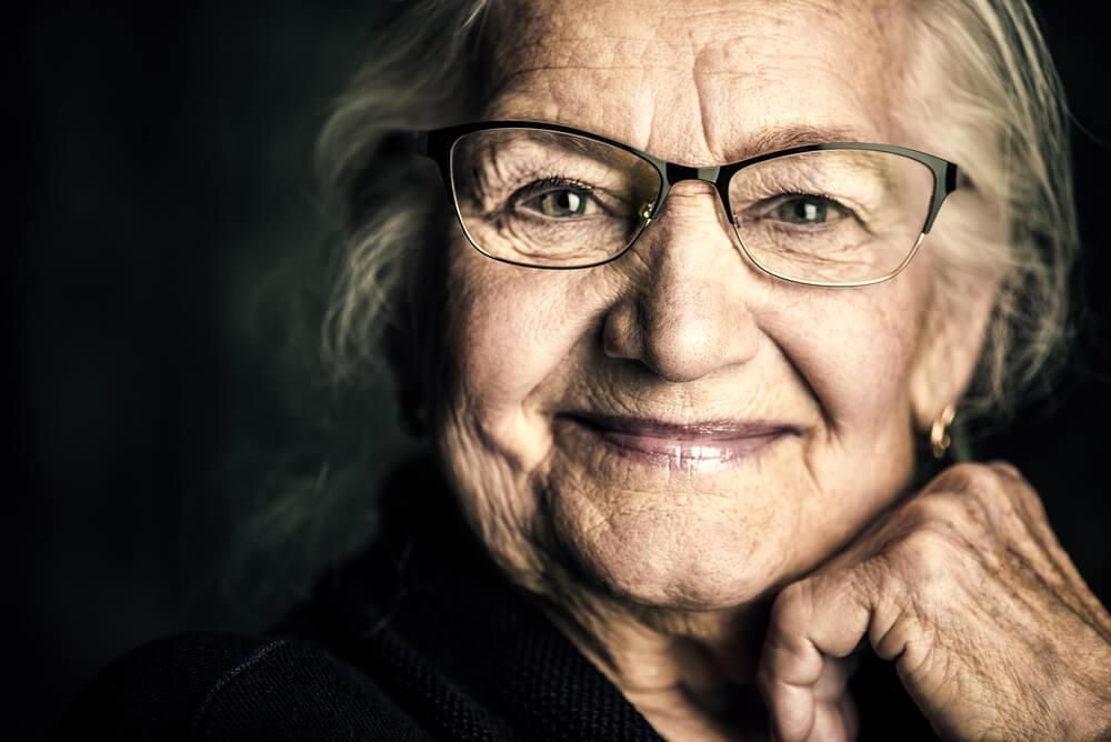 H δική μου γιαγιά δεν θα ξεχαστεί ποτέ.. Θα ζει πάντα στην καρδιά μου...